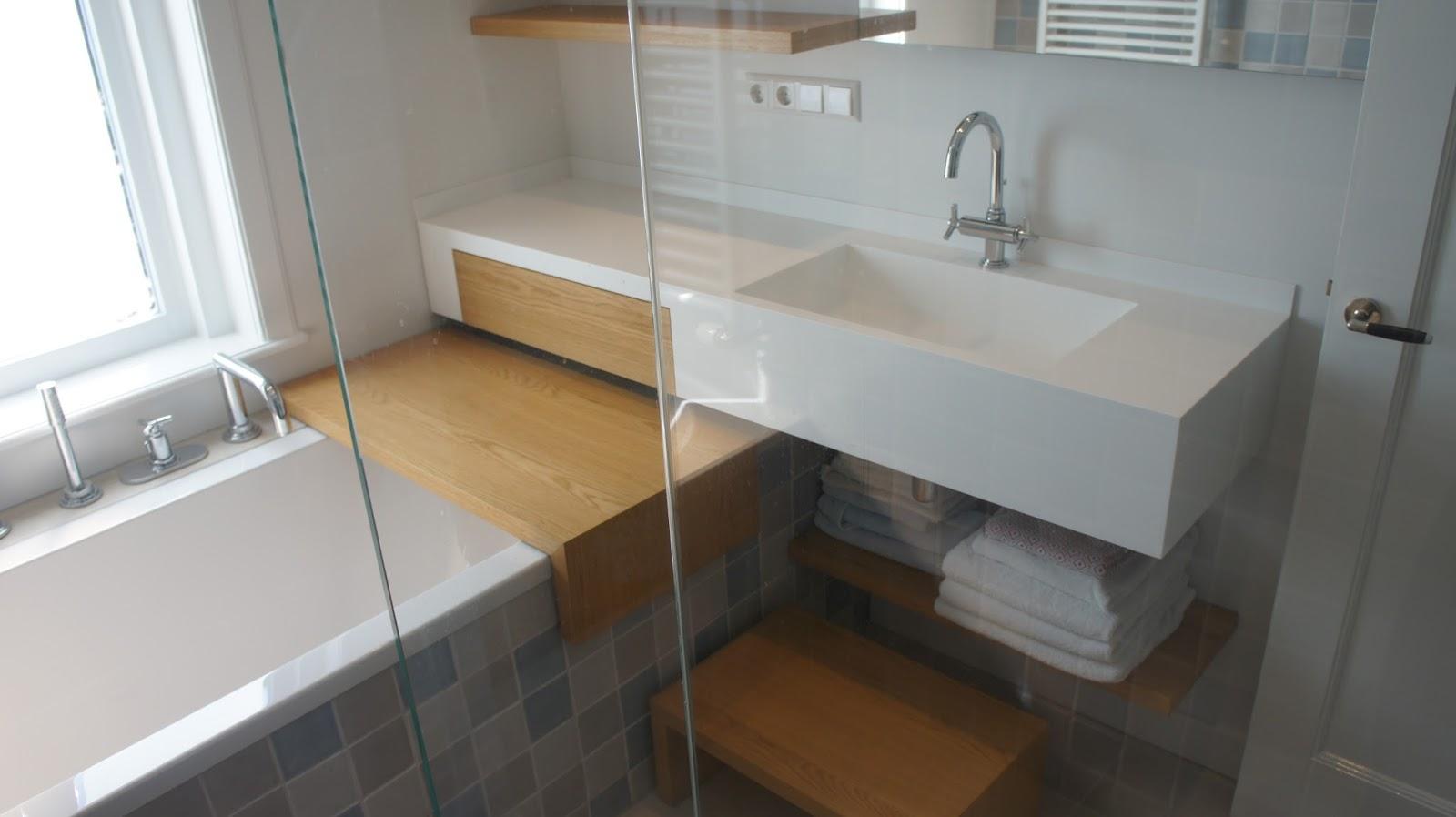 Kleine Badkamer Oplossing : Luxe én comfort ook in een kleine badkamer vissers waalwijk b.v.