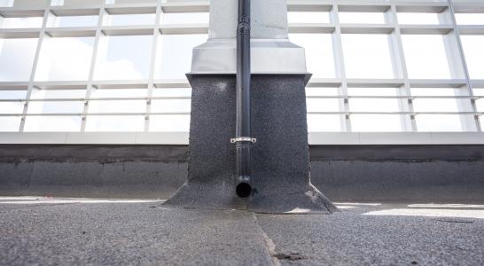Hemelwaterafvoeren dakdoorvoeren Vissers Waalwijk
