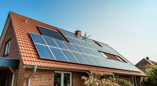 Solar panel zonnepanelen Vissers Waalwijk